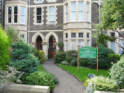 Bed And Breakfast In Cardiff Cathedral Road